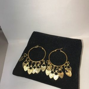 Jewelry - Gold plated Heart hanging hoop earrings